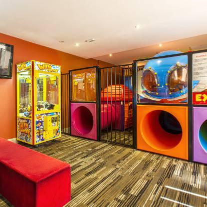 Eltham Hotel Bistro Kids Entertainment Featuring An Indoor Playground