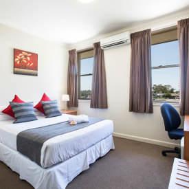 Standard Room Hotels Mount Pritchard